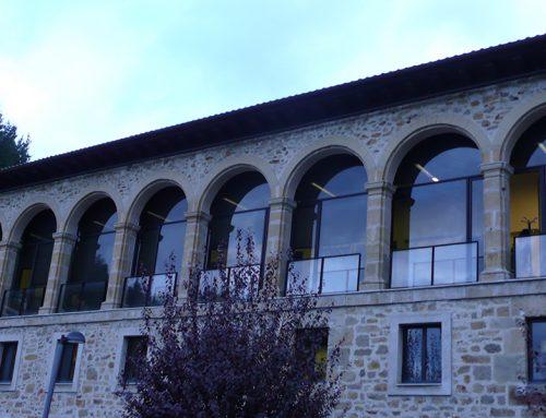 Colegio Ezkoriatza – Ventanas de Aluminio